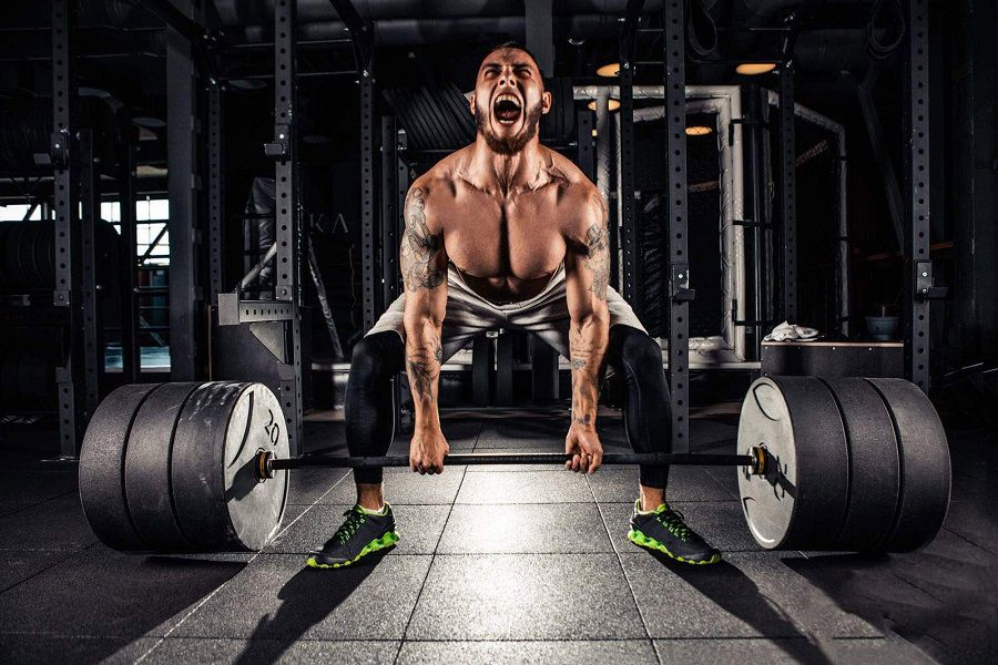 Deadlift In CrossFit: Features, Proper Form, Common Mistakes, Tips and Benefits Of Deadlifts